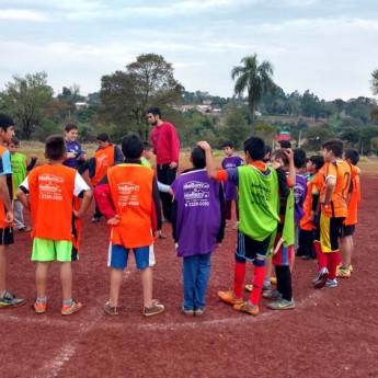 Missão Paraguay – Escolinha de futebol